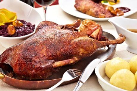 Weihnachts-Gans + Klöße, Rotkohl, Jus + 1 Fl. Rotwein to Go / Lieferung / Versand bei Ganymed (bis 42% sparen*)