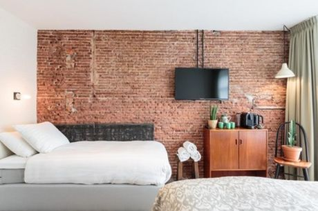 Hartje Amsterdam: standaard twee- of driepersoonskamer voor 2-3 personen in Dwars Hotel Amsterdam
