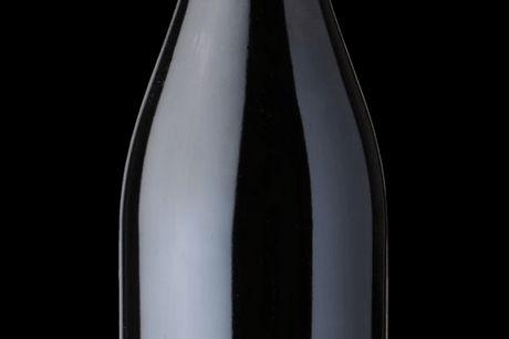 Finca Allende Calvario 2009. Calvario fra Finca Allende er en kraftfuld og flot struktureret vin med stort udviklingspotentiale. Vinen viser allerede nu stor harmoni med masser af mørke blåbær, sorte sødmefulde blommer og urter. Den er virkelig harmonisk