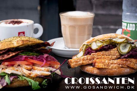 Sandwich, sodavand & varm drik. Smag byens bedste flæskestegssandwich!