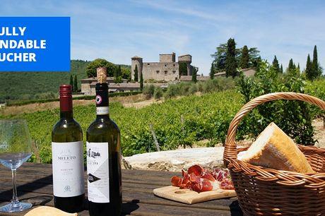 £139 -- 'Fairytale' Tuscan castle: 2-night break w/wine