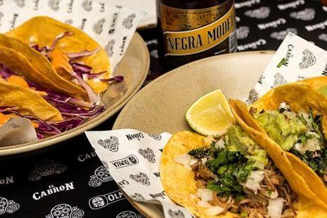 Se é fã de comida mexicana não pode mesmo deixar de visitar o El Cabron Tacos y Tequilla em Santos. Os tacos e burritos são a especialidade da casa, o que faz dele o sítio ideal para um almoço ou jantar a dois ou com amigos, onde a boa comida e bom ambien
