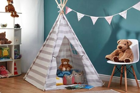 £37.99 instead of £79.95 for a children's play tent in stars or stripes from CJ Offers - save 52%