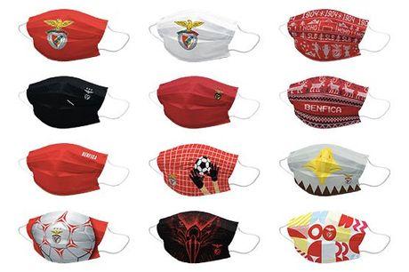 Agora também já é possível adquirir máscaras do Benfica. Com certificação Citeve para 50 lavagens, estas máscaras laváveis e reutilizáveis possuem 3 camadas de proteção e acabamento antibacteriano e são perfeitas para os verdadeiros apaixonados pelo clube