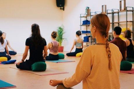 5-15 yogalessen bij Natural Flow Yoga in Amsterdam-Zuidoost