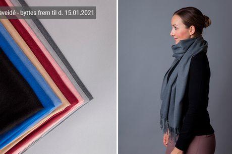 Halstørklæde i blød cashmere - et musthave i enhver garderobe. Vælg mellem flere flotte farver - inkl. fri fragt