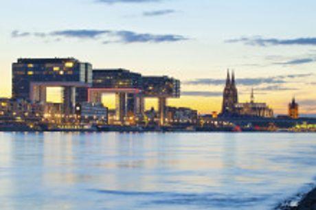 Köln erleben. Von August bis Oktober 2021 buchbar! Im 3-Sterne Hotel XII Apostel Albergo erleben Sie italienische Lebensart mitten im Herzen von Köln. Das sympathische Haus liegt direkt am Heumarkt nur wenige Gehminuten vom Kölner Dom entfernt