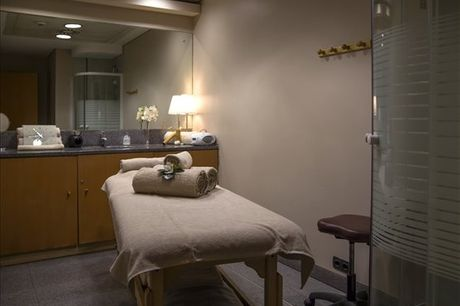 Desfrute de 1 momento único e exclusivamente seu no Mihad City Day Spa. Liberte-se do stress e da tensão acumulada com 1 massagem de relaxamento para 1 pessoa por apenas 29,90€