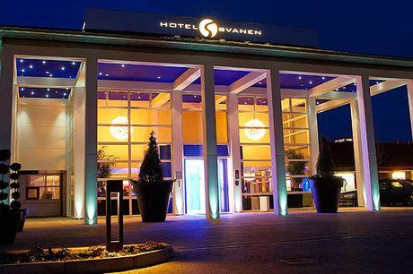 Ophold på Hotel Svanen i Billund. På Hotel Svanen i Billund er der rig mulighed for afslapning i flotte og luksuriøse rammer. Samtidig ligger hotellet ideelt for spændende udflugter og sjove oplevelser. Opholdet inkluderer bl.a. gastronomisk middag, velko
