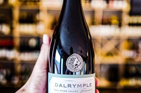 Dalrymple Single Site Coal River Valley Pinot Noir 2013. Fantastisk Australsk Pinot Noir fra unikt område med over 4 stjerner på Vivino ud fra næsten 60 bedømmelser! Vinen kommer fra det unikke Coal River Valley område, beliggende på Tasmanien syd for A
