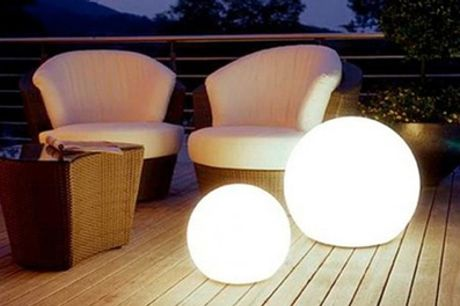 Ball-Shaped Outdoor Lamp
