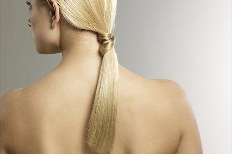A Cauterização com Lazer Green consiste num tratamento capilar, indicado para todos os tipo de cabelo, que tem como o seu principal objetivo a reposição de Nutrientes, Proteínas e Água de forma a que este se mantenha saudável e bonito. No Nill Oliver Cabe