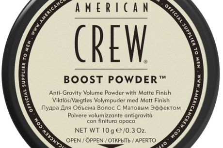 American Crew Boost Powder 10 gr.. American Crew Boost Powder American Crew Boost Powder er et anti-tyngde og volume pulver der løfter og giver øget volume, samt et fleksibelt hold med et mat finish. Anvendelse af American Crew Boost Powder: Bank forsigti