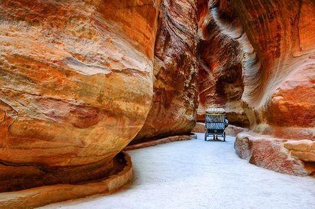 Giordania Giordania - La Giordania in hotel 4* e 5* con possibile notte nel Wadi Rum a partire d.... Affascinante tour tra le meraviglie della Giordania