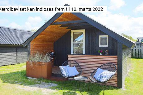 Snup 2 eller 3 overnatninger i en topmoderne Vesterhavshytte på Henne Strand Camping & Resort med plads op til 4 personer - inkl. forbrug af el og vand samt slutrengøring