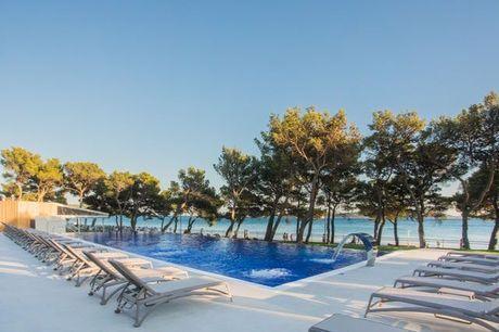 Strandglück & Meeresrauschen in Kroatien - Kostenfrei stornierbar, Hotel Villa Arausana & Antonina, Vodice, Dalmatien, Kroatien - save 25%