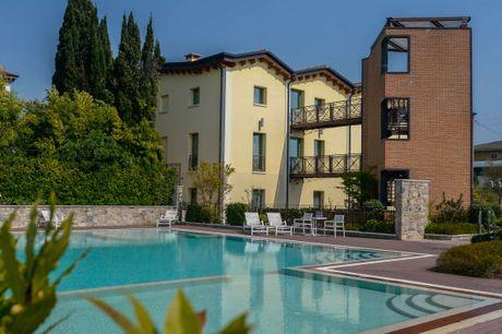 Ziba Hotel & Spa. Det 4-stjernede Ziba Hotel & Spa har en uovertruffen beliggenhed. 5 dage inkl. - 4 overnatninger - 4 x morgenbuffet - 1 x massage - 1 fl. vin på vær. til deling - Adgang til swimmingpool