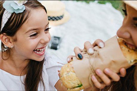 Byens bedste sandwich - takeaway deal! - Glæd dig - Du får 1 x valgfri sandwich, 1 stk. cookie og 1 kildevand. Værdi kr. 90,-