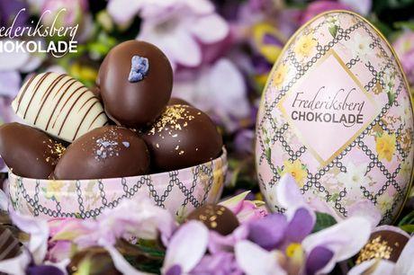 Håndlavede chokoladepåskeæg. Hos Frederiksberg Chokolade er konditoren prisbelønnet