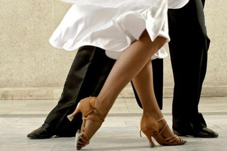 120 Min. Tango-Schnupperkurs-Workshop für 1 oder 2 Paare bei Universo Tango (bis zu 62% sparen*)