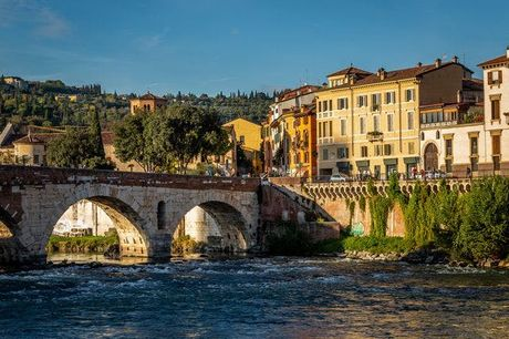 Apartment-Auszeit am Gardasee - Kostenfrei stornierbar, ApartmentsGarda - Aurora Deluxe, Garda am Gardasee, Italien - save 35%