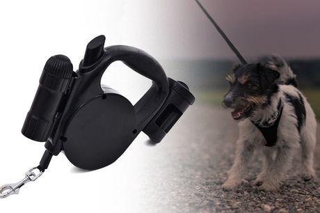 Nyder du gåturene med din hund, og vil du gerne gøre dem lettere og mere sikre? Så er løsningen måske denne fleksline med lygte og poseholder - inkl. fragt