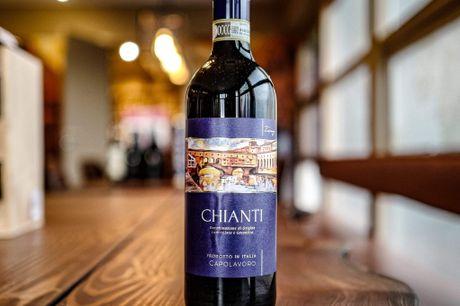 Capolavoro Chianti DOCG 2017. Historisk Chianti vin fra en af Italiens skønheder, Toscana. Drøm dig tilbage til den lyse solskin og klare blå himmel med denne her. Kan du godt lide italiensk vin og mangler du en bund solid hverdagsvin? Så læs med her. Vi