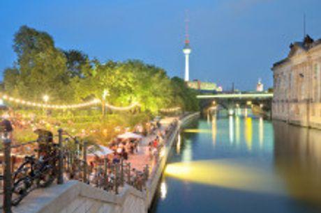 """Entspannung im 4-Sterne Hotel in Berlin Mitte. Von Juni bis August 2021buchbar! Fühlen Sie sich im """"COSMO Hotel Berlin Mitte"""" wie zu Hause. Die Zimmer und Suiten begeistern mit einer gelungenen Kombination aus eleganter Einrichtung und modernem Komfort"""