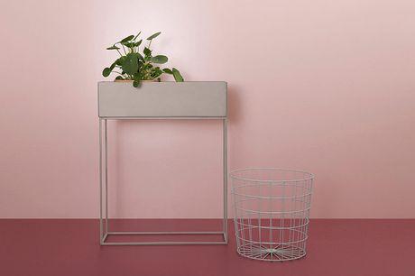Plantenbak met standaard Presenteer bloemen, planten, kruiden etc.<br /> Een chique toevoeging aan je huis<br /> Uitneembare bloembak