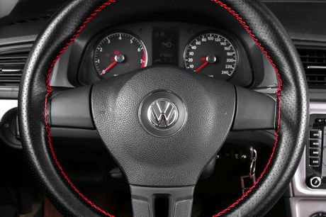 £10.99 instead of £29.99 for a car steering wheel cover set from Wishwhooshoffers - save 63%