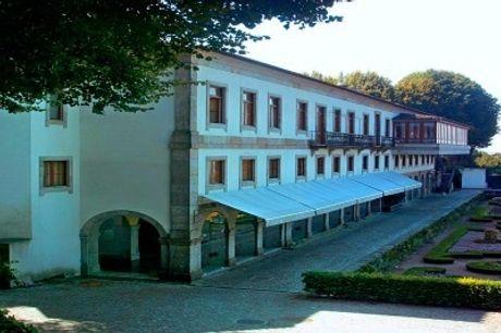 Hotel do Elevador 4*: Estadia de Charme em Braga com Welcome Drink e Acesso ao Parque do Bom Jesus. Mergulhe na História da Cidade!
