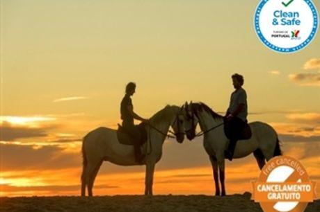 Visite o Alentejo e Passeie a Cavalo: 1, 2 ou 3 Noites no Hotel Rural Monte da Lezíria com Pequeno-Almoço e Opção de Passeio a Cavalo desde 34€.