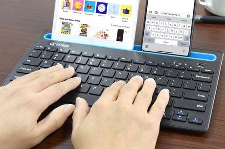 Bluetooth toetsenbord met tablethouder Voor je laptop, pc en tablet<br /> Draadloze bediening via bluetooth<br /> Inclusief geïntegreerde houder