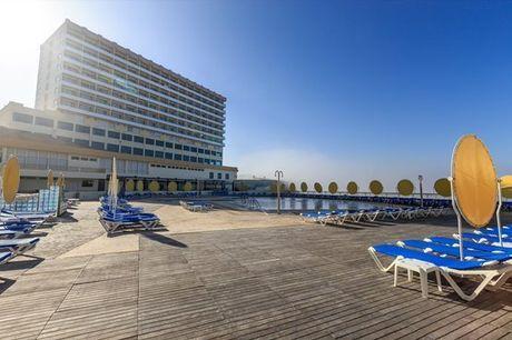 O Hotel Golf Mar 3* é o ponto de partida ideal para descobrir as praias da região Oeste. Aproveite agora, noite com pequeno-almoço e acesso ao spa a partir de 59,9€.