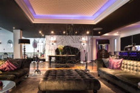 Sommer in München erleben. Von September bis November 2021 buchbar! Das luxuriöse Boutique Hotel La Maison in München beindruckt mit geräumigen und exklusiven Zimmern, die von namenhaften Designern entworfen wurden