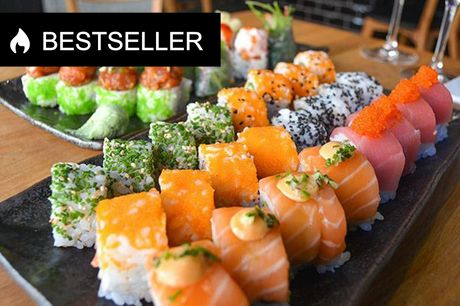 Bestseller: 40 stykker ud-af-huset luksus-sushi Bag den stilfulde restaurant står Song Zhang, der har fire års erfaring som sushikok på Sticks'n'Sushi og Lianhua Zheng, der tilbragte mange års erfaring hos Michelin-restauranten.