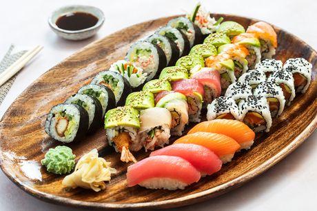 Hos Genki Sushi får du altid den lækreste sushi - og med denne deal kan du vælge mellem to forrygende takeaway-menuer med henholdsvis 38 og 56 stk. Glæd dig både til nigiri, special toppet maki, inside-out maki og futomaki.