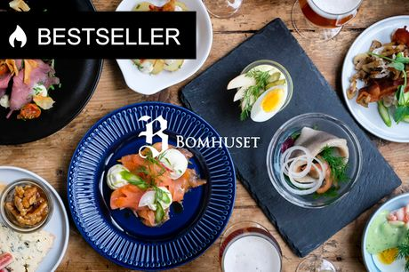 7 anretninger på Bomhuset. Hjemmelavet frokost i idylliske rammer i det gamle bomhus