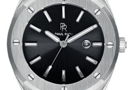 "Paul Rich Signature Carbon. Paul Rich ""Born in New York"" har modtaget en ufattelig velkomst på urmarkedet, som Paul Rich har taget med storm. Urene fra Paul Rich er kvalitet og flot design til en super pris P"