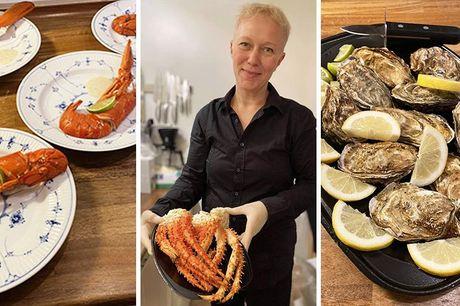 Skaldyrsmenu med 11 retter - leveret Seafood 'n' Tapas sørger for yderst lækker gourmet skaldyrsmenu med enkel anretningsanvisning. Slip for besværet, og lad Seafood 'n' Tapas stå for en suveræn skaldyrsmenu, hvor der er sørget for alt.