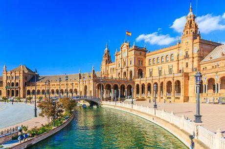 Spagna Siviglia - Hotel San Gil 4* a partire da € 35,00. Accoglienza in hotel 4* dallo stile andaluso