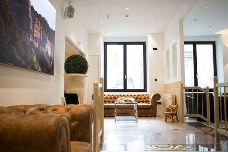 Hotel Heidelberger Hof - Volledig terugbetaalbaar , Heidelberg, Baden-Württemberg, Duitsland - save 37%.  We werken samen met de hotels om ervoor te zorgen dat ze voldoen aan de regelgeving op het gebied van de volksgezondheid met betrekking tot COVID-19
