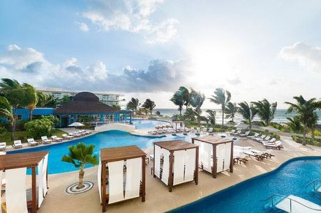 Azul Beach Resort Riviera Cancún - Volledig terugbetaalbaar, Puerto Morelos, Yucatán, Mexico  - save 22%.  We werken samen met de hotels om ervoor te zorgen dat ze voldoen aan de regelgeving op het gebied van de volksgezondheid met betrekking tot COVID-19