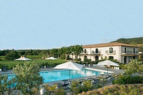 Ultimate Provence - Volledig terugbetaalbaar, La Garde-Freinet, Provence, Frankrijk - save 37%.  We werken samen met de hotels om ervoor te zorgen dat ze voldoen aan de regelgeving op het gebied van de volksgezondheid met betrekking tot COVID-19