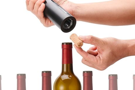 £17.99 for an electric wine bottle opening kit from Magic Trend!