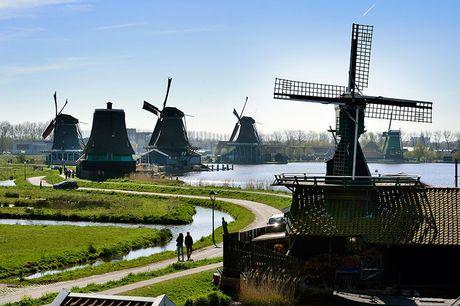 Rondvaart Amsterdam - Zaanse Schans Duur rondvaart: 2 uur <br /> Afvaartlocatie vanuit haven van A&apos;dam<br /> Geldig t/m 25 september 2021