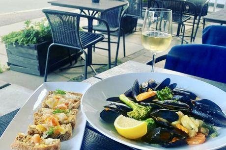 Spar 20% i aften: Nyd en god brunch, frokost eller middag hos Café Melia i Søborg. Book hér og få rabat på hele regningen i dag!
