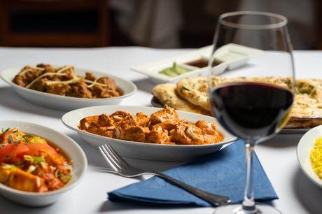 Oplev det indisk-pakistanske køkken med 5 udsøgte retter hos Al-Diwan på Vesterbro. Al-Diwan har bl.a. fået Tripadvisors udmærkelsescertifikat og er kåret som årets indiske restaurant i Kbh. Glæd dig til en kulinarisk oplevelse ud over det sædvanlige.