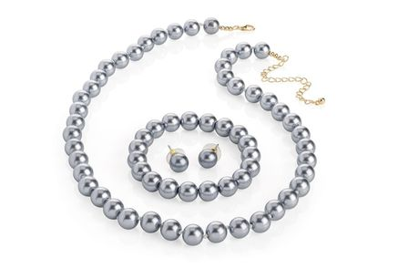 £9.99 for a luxury pearl tri set from Gemnations!