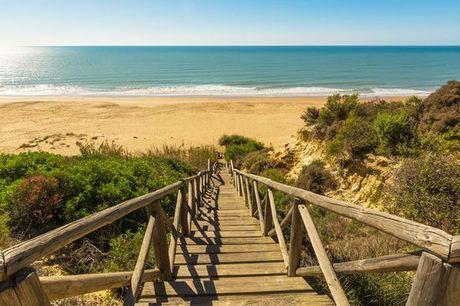 Spagna Andalusia - Benvenuti al Playacartaya Aquapark & Spa 4* a partire da € 109,00. Un vacanza sotto il sole andaluso